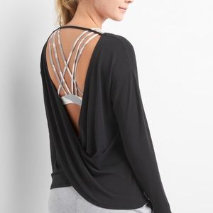 Gap fit open back long sleeve
